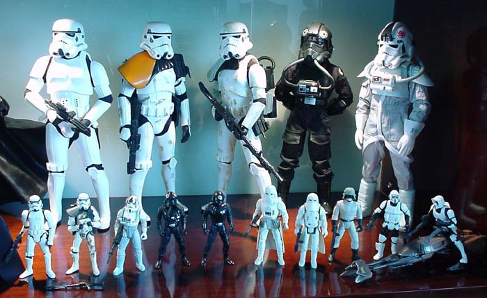 http://www.oohyeahzone.com/collection/cb/cb-hang-low-03c-marmit-troopers.jpg