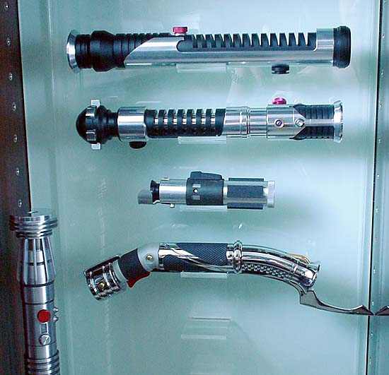 lightsaber-display-bottom-3.jpg