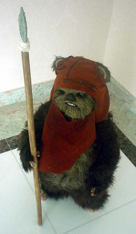 http://www.oohyeahzone.com/collection/cb/wicket5.jpg